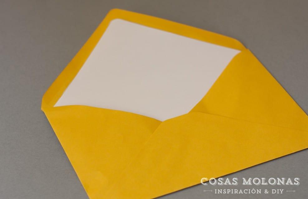 DIY Cómo forrar el interior de un sobre