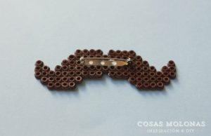 #Movember 2013 + DIY broche - moustache de Pyssla