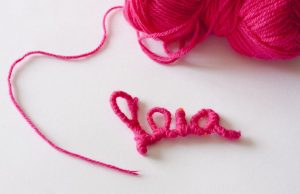 lana-enrollada-collar