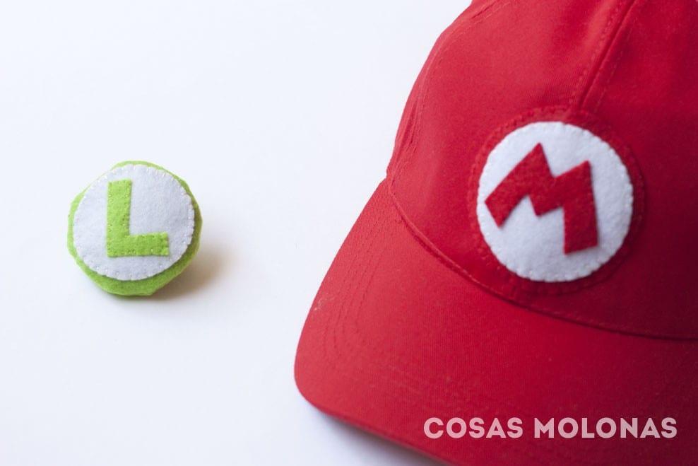 DIY Insignia y broche de Mario y Luigi de Nintendo (plantilla incluida)