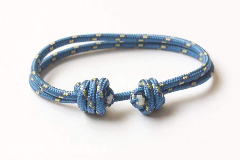 DIY Pulsera unisex de cuerda y dos nudos corredizos