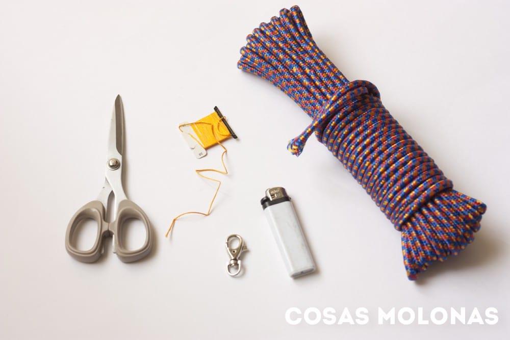 DIY Pulsera de cuerda para lucir este verano en blog.cosasmolonas.com