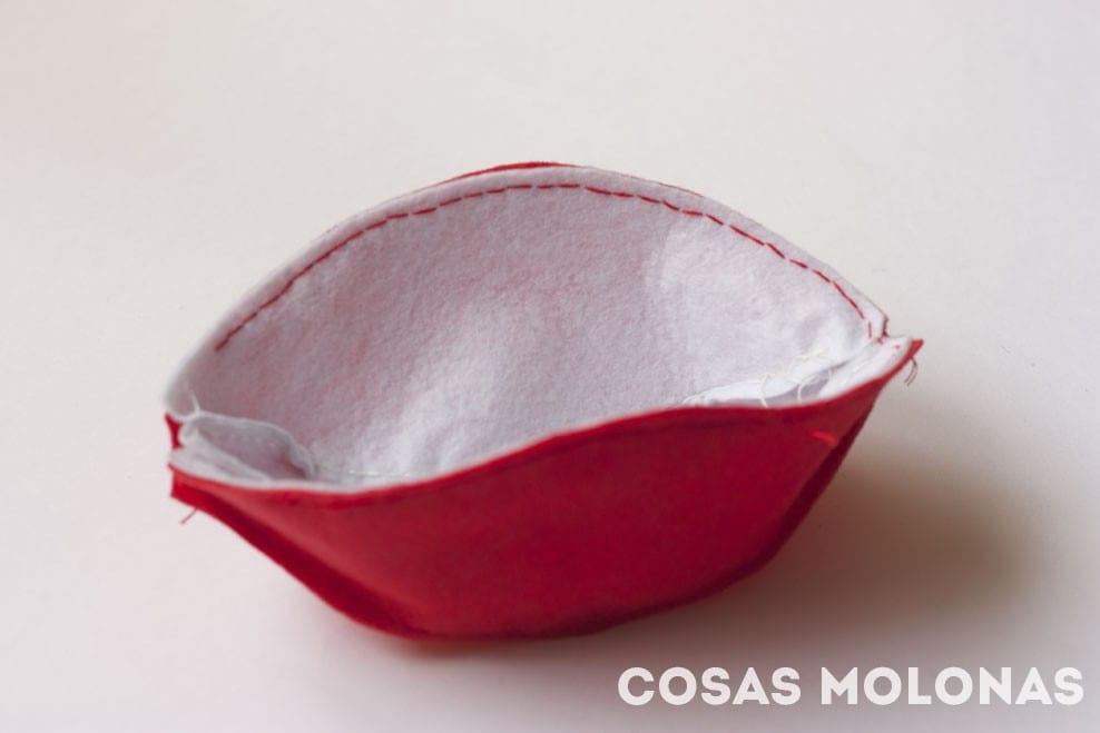DIY Cómo hacer una Pokeball de fieltro (con plantilla incluida)