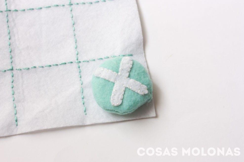 DIY Tres en raya de fieltro (plantilla incluida) en blog.cosasmolonas.com