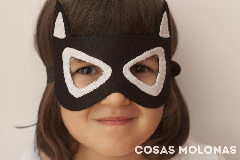 DIY Máscara de Batman / Batgirl (plantilla incluida)