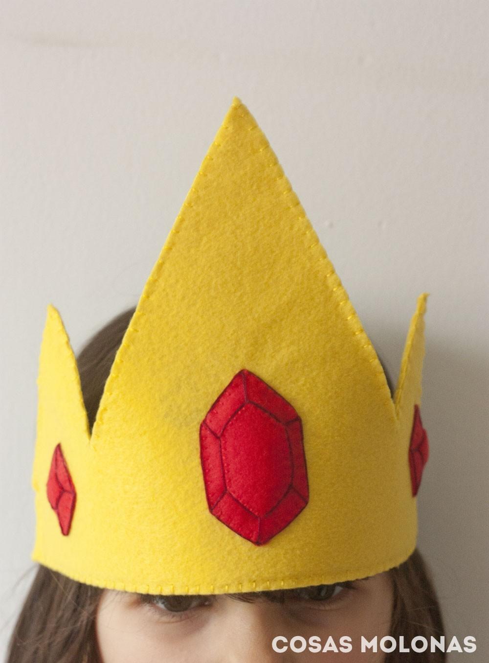 DIY Corona del Rey Hielo de Hora de Aventuras (plantilla incluida)
