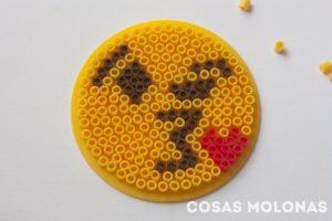 emoji-beso-kiss-pyssla-hama