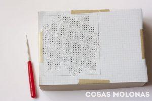 caja-perforada-punto-cruz