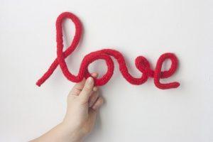 letrero-alambre-tricotin