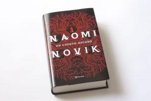 naomi-novik-cuento-oscuro