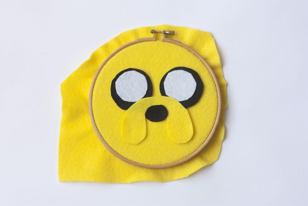 """DIY Bastidor decorativo """"Jake el Perro"""" en www.cosasmolonas.com"""