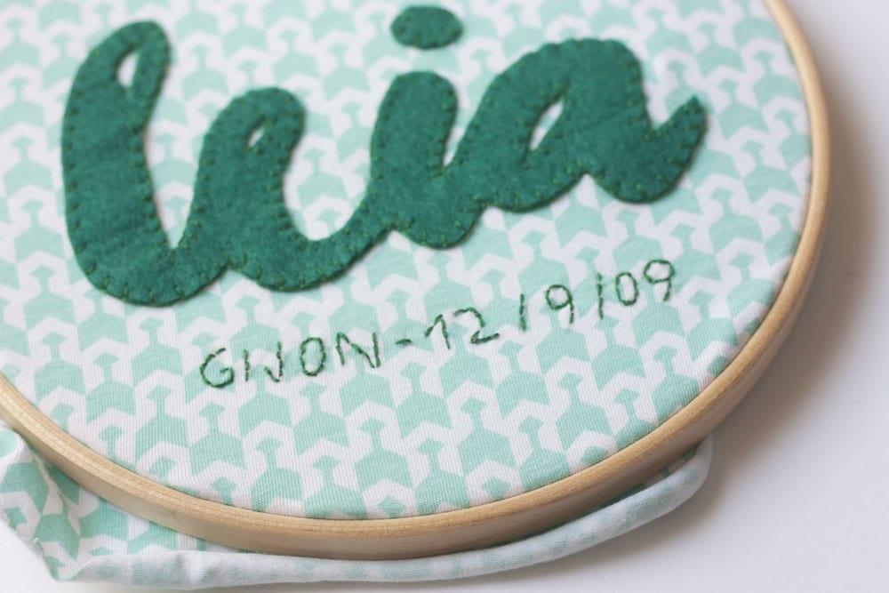 DIY / Bastidor conmemorativo de nacimiento en www.cosasmolonas.com