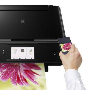 pixma-photo-printers_Firenze_Smartphone_Lifestyle_1