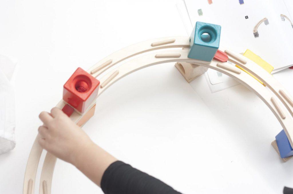 montar-circuito-canicas