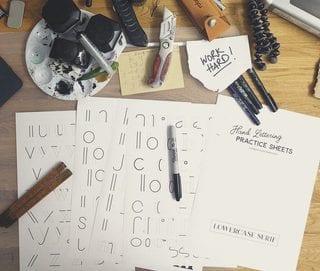 lettering serifa