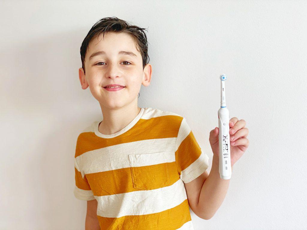 La rutina del cepillado de dientes con Oral-B